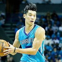 01 November 2015: Charlotte Hornets guard Jeremy Lin (7) looks to pass the ball during the Atlanta Hawks 94-92 victory over the Charlotte Hornets, at the Time Warner Cable Arena, in Charlotte, North Carolina, USA.