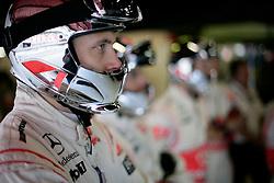 FORMEL 1: GP von Spanien, Barcelona, 08.05.2010<br /> Mechaniker vom Team McLaren, Illustration<br /> © pixathlon