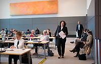 DEU, Deutschland, Germany, Berlin, 12.05.2020: Amira Mohamed Ali, Fraktionsvorsitzende von DIE LINKE, bei der Fraktionssitzung der Linkspartei im Deutschen Bundestag.