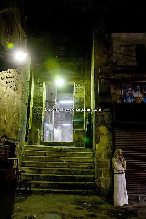 Egypt . Cairo : mosque AL FAQUAHANY in  Sharia AL Mu'izz LI DIN Allah street south Islamic Cairo -  NM109