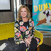 NLD/Berkel en Rodernrijs/20190311 - Boekpresentatie Dunya, een Hemels Hondenleven van Monique Westenberg, Loretta Schrijver