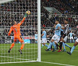 27 December 2017 Newcastle: Premier League Football - Newcastle United v Manchester City : United goalkeeper Rob Elliot makes a save from a header by Sergio Aguero.<br /> (photo by Mark Leech)