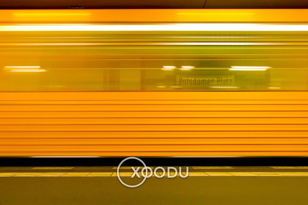 Subway train blur motion yellow, Berlin, Germany (June 2007)