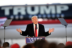 November 4, 2016 - Wilmington, Ohio, USA - Donald Trump presidential campaign, Wilmington, Ohio, USA, 2016-11-04..(c) ANDERSSON URBAN  / Aftonbladet / IBL Bildbyr√•....* * * EXPRESSEN OUT * * *....AFTONBLADET / 4216 (Credit Image: © Aftonbladet/IBL via ZUMA Wire)