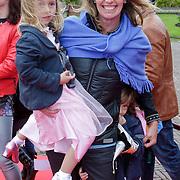 NLD/Kaatsheuvel/20111009 - Premiere Droomvlucht, Anky van Grunsven en dochter Ava