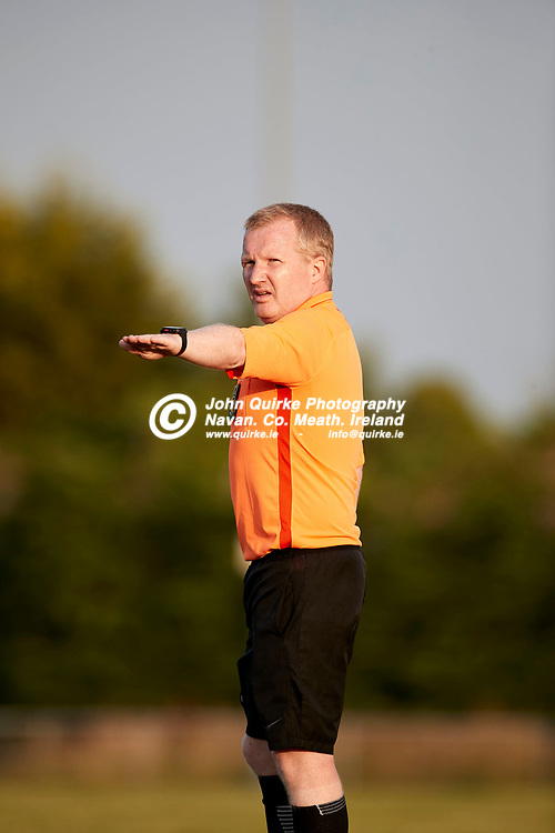 23-07-21, Premier Soccer at Claremont Stadium<br /> Parkvilla v Trim Celtic<br /> Referee S. McMahon pictured during the game<br /> Photo: David Mullen / www.quirke.ie ©John Quirke Photography, Proudstown Road Navan. Co. Meath. 046-9079044 / 087-2579454.<br /> ISO: 400; Shutter: 1/1250; Aperture: 4.5;