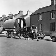 The Ballinasloe Horse Fair Tinker King.  .03.10.1960 barrel, top, wagon,
