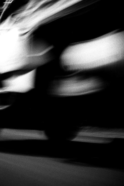 Belo Horizonte_MG, Brasil...Detalhe da roda de um caminhao...A truck wheel detail...Foto: LEO DRUMOND / NITRO
