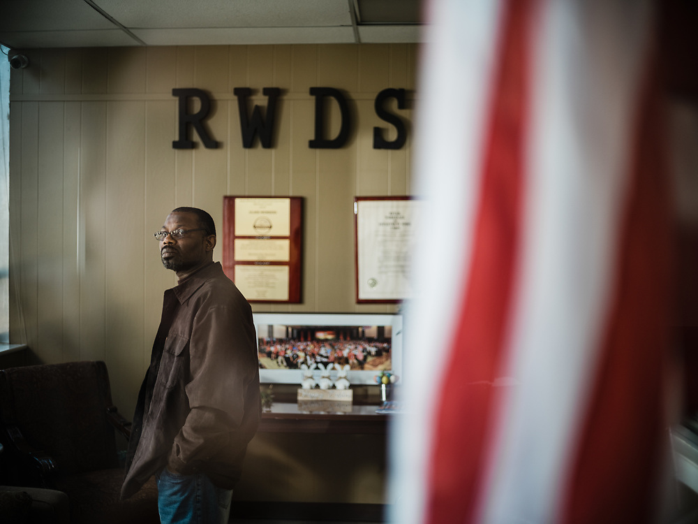 BIRMINGHAM, AL – MARCH 20, 2021: Darryl Richardson, 51, stands at the RWDSU Union Hall in Birmingham's Southside, where he and other Amazon employees are organizing for the Retail Wholesale and Department Store Union. If pro-union organizers like Richardson are successful, the BHM1 fulfillment center in Bessemer will become the first unionized Amazon warehouse in the country. CREDIT: Bob Miller for Le Monde