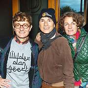 NLD/Amsterdam/20151027 - Boekpresentatie Margriet van der Linden - De Liefde Niet, Andre van der Pol en partner en vriendin