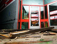 6/8/08 Omaha, NEStorm damage from a possible  tornado in Millard area 132nd and Q streets...Debris at auto zone..(chris machian/Omaha World Herald)