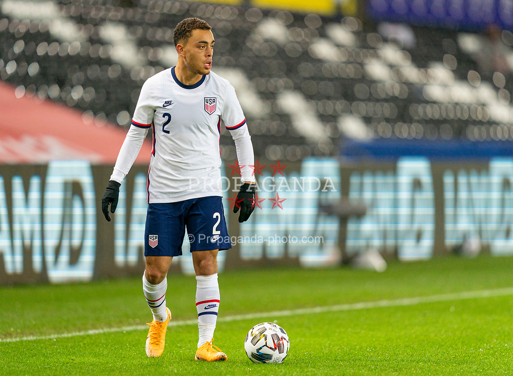 SWANSEA, WALES - Thursday, November 12, 2020: USA's Sergiño Dest during an International Friendly match between Wales and the USA at the Liberty Stadium. (Pic by David Rawcliffe/Propaganda)
