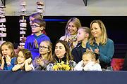 Novotel Jumpertjes Kinderochtend tijdens de wereldbeker dressuur bij Jumping Amsterdam<br /> <br /> Op de foto:  Prinses Margarita en Britt Dekker