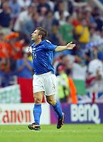 Italy v Sweden - Estadio Dragao, Porto - 18th June 2004<br />Italy's Antonio Cassano celebrates scoring the opening goal<br />Photo: Jed Leicester/Sporting Pictures<br />© Sporting Pictures (UK) Ltd<br />www.sportingpictures.com<br />Tel: +44 (0)20 7405 4500<br />Fax: +44 (0)20 7831 7991