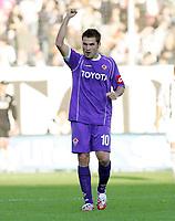 """L'esultanza di Adrian Mutu dopo il gol del pareggio dell'1-1<br /> Adrian Mutu (Fiorentina) celebrates after scoring goal for Fiorentina<br /> Italian """"Serie A"""" 2006-07<br /> 26 November 2006 (Match Day 13)<br /> Siena-Fiorentina (1-1)<br /> """"Artemio Franchi"""" Stadium-Siena-Italy<br /> Photographer Luca Pagliaricci INSIDE<br /> (www.insidefoto.com)"""