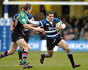 2004/05 Powergen Cup, Bath Rugby vs NEC Harlequins,18.12.2004, Bath, ENGLAND: Ollie Barkley attemps to hand off Will Greenwood.