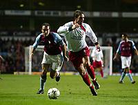 Fotball, 29. november 2003, Premier League, Aston Villa - Southampton,  Claus Lundekvam, Southamton, Gavin McCann, Aston Villa