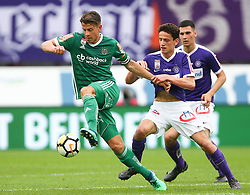 15.04.2018, Ernst Happel Stadion, Wien, AUT, 1. FBL, FK Austria Wien vs SK Rapid Wien, 30. Runde, im Bild Stefan Schwab (SK Rapid Wien) und Vesel Demaku (FK Austria Wien) // during Austrian Football Bundesliga Match, 30th Round, between FK Austria Vienna and SK Rapid Wien at the Ernst Happel Stadion, Vienna, Austria on 2018/04/15. EXPA Pictures © 2018, PhotoCredit: EXPA/ Thomas Haumer