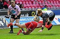 Rugby Ubion_ 2019 / 2020 Guinness Pro14 - Scarlets vs. Southern Kings<br /> <br /> Erich Cronje,of Southern Kings  tackled by Angus O'Brien of Llanelly Scarlets, at Parc y Scarlets, Llanelli. <br /> <br /> COLORSPORT/WINSTON BYNORTH