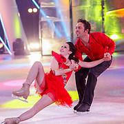 NLD/Hilversum/20130101 - 1e Liveshow Sterren dansen op het IJs 2013, Christoph Haddad en schaatspartner Lauren Farr