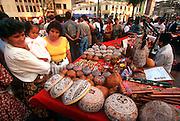 PERU, LIMA, MIRAFLORES Parque Central and street market