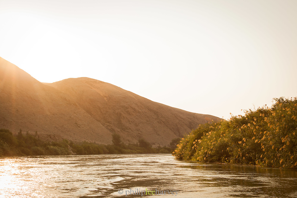 Kunene River, Hartmanns Valley, Northern Namibia, Southern Africa