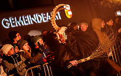 05.12.2017, Kaprun, AUT, Pinzgauer Krampustage im Bild ein Krampus mit Rute beim Krampusumzug // A man dressed as a devil with rod performs during a Krampus show. Krampus is a mythical creature that, according to legend, accompanies Saint Nicholas during the festive season. Instead of giving gifts to good children, he punishes the bad ones, Kaprun, Austria on 2017/12/05. EXPA Pictures © 2017, PhotoCredit: EXPA/ JFK