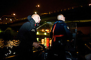 Charenton. Paris, France. 6 Mai 2009..Brigade Fluviale de Paris..1h22 am Intervention sur un feu electrique sous le pont de Charenton..Charenton. Paris, France. May 6th 2009..Paris fluvial squad..1:22 am Intervention on a fire under a bridge...