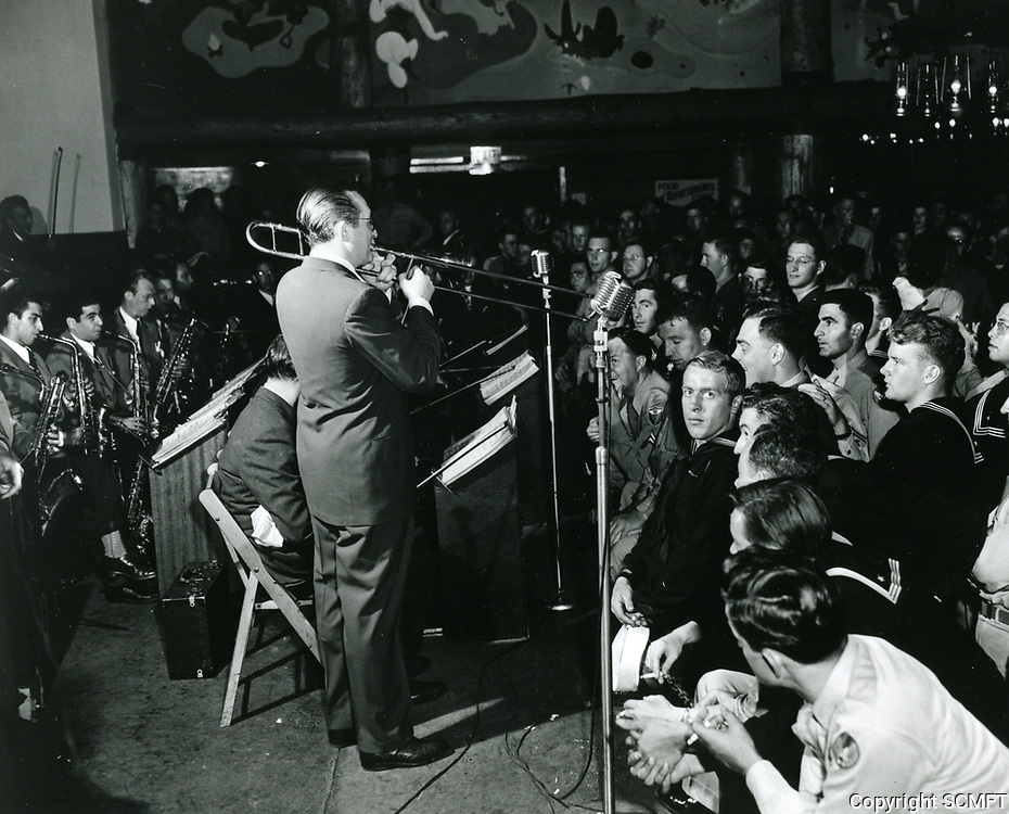 1943 Tommy Dorsey entertains the soldiers at the Hollywood Canteen