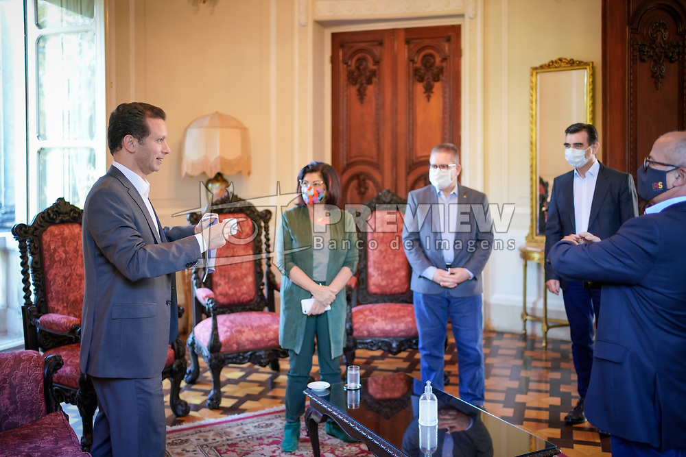 O Prefeito Nelson Marchezan Junior durante reunião almoço com o Governador Eduardo Leite no Palácio Piratini. FOTO: Jefferson Bernardes/ PMPA