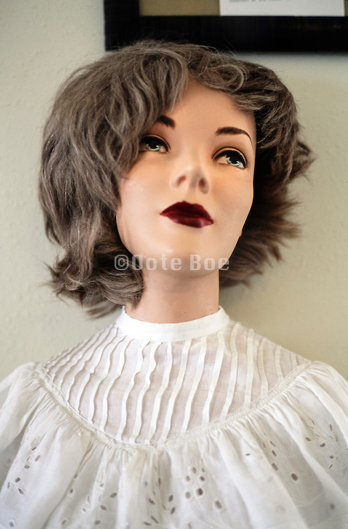 female mannequin with a sad longing for expression