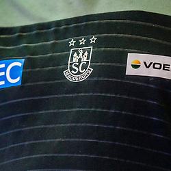Trikot / Logo SC Magdeburg  beim Spiel in der Handball Bundesliga, TVB 1898 Stuttgart - SC Magdeburg.<br /> <br /> Foto © PIX-Sportfotos *** Foto ist honorarpflichtig! *** Auf Anfrage in hoeherer Qualitaet/Aufloesung. Belegexemplar erbeten. Veroeffentlichung ausschliesslich fuer journalistisch-publizistische Zwecke. For editorial use only.