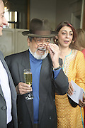 Sir Vidia Naipaul. Tatler Summer party ( in association with Fendi) Home House, Portman Sq. 29 June 2006. ONE TIME USE ONLY - DO NOT ARCHIVE  © Copyright Photograph by Dafydd Jones 66 Stockwell Park Rd. London SW9 0DA Tel 020 7733 0108 www.dafjones.com