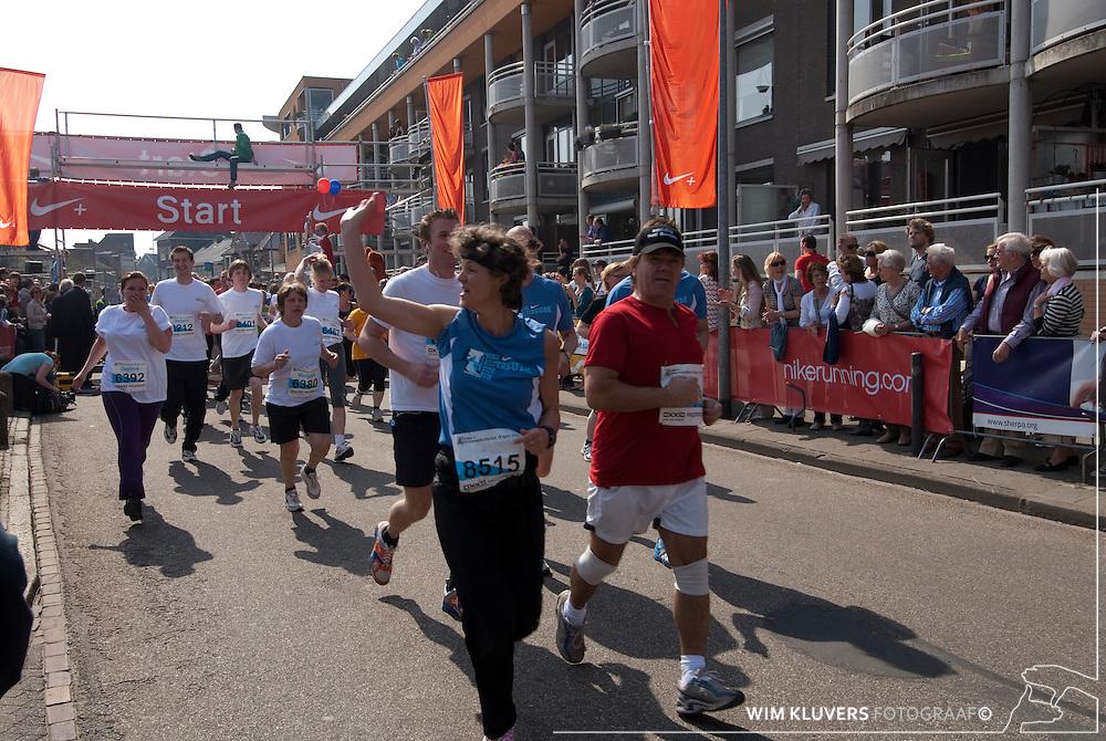 Hilversum WK20100418-504.NEF.Nike cityrun 2010