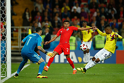 July 3, 2018 - Moscou, Rússia - MOSCOU, MO - 03.07.2018: COLOMBIA VS ENGLAND - Jesse Lingard of England contests ball with Wilmar Barrios of Colombia during match between Colombia and England valid for the eighth finals of the 2018 World Cup finals, held at the Otkrytie Arena in Moscow, Russia. (Credit Image: © Marcelo Machado De Melo/Fotoarena via ZUMA Press)