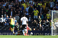 Norwich City Forward Nelson Oliveira (L) shoots and scores his team's first goal. EFL Skybet football league championship match, Fulham  v Norwich city at Craven Cottage in London on Saturday 5th August 2017.<br /> pic by Steffan Bowen, Andrew Orchard sports photography.