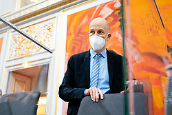 14.01.2021, Hofburg, Wien, AUT, Parlament, Sondersitzung des Nationalrates zu Corona-Gesetz, Kocher-Vorstellung und Bundesministeriengesetz, im Bild Martin Kocher // during a meeting of the National Council about Corona Act, Kocher presentation, and Federal Ministries Act at the Hofburg palace in Vienna, Austria on 2021/01/14, EXPA Pictures © 2021, PhotoCredit: EXPA/ Florian Schroetter