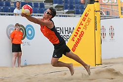 20160724 NED: NK Beachvolleybal 2016, Scheveningen <br />Erik Nijland<br />©2016-FotoHoogendoorn.nl / Pim Waslander