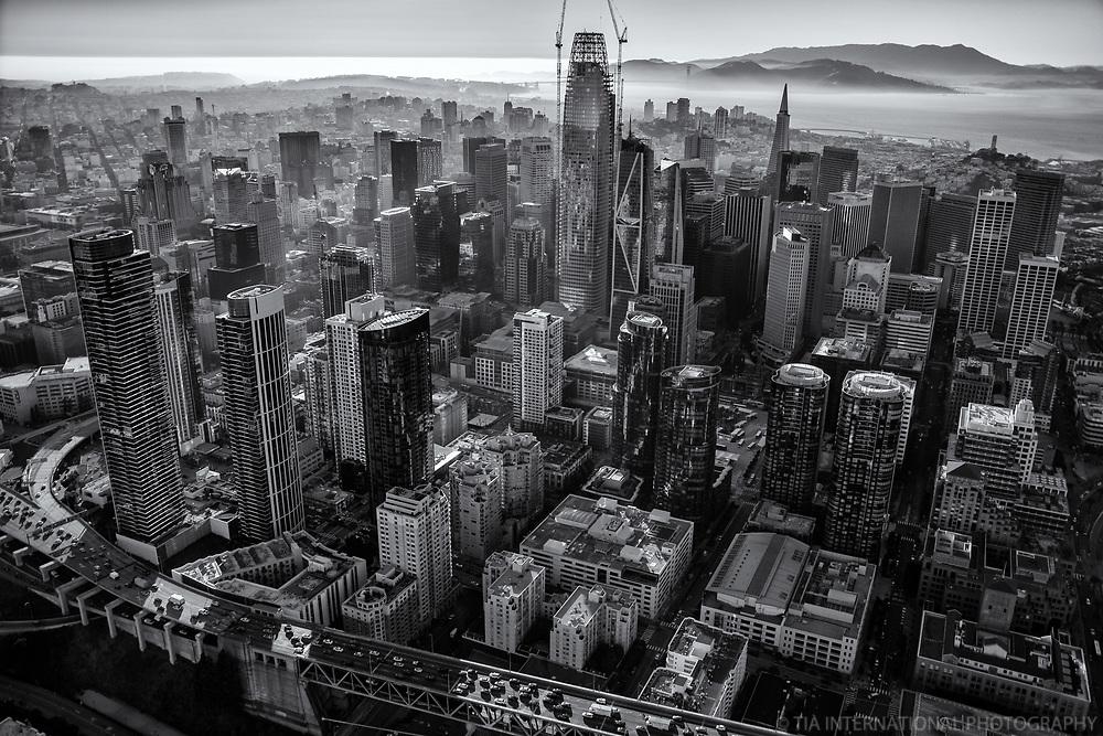 Downtown San Francisco II (monochrome)