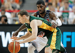 11.09.2014, City Arena, Barcelona, ESP, FIBA WM, USA vs Litauen, Halbfinale, im Bild USA's Kyrie Irving (b) and Lithuania's Martynas Pocius // during FIBA Basketball World Cup Spain 2014 semi-final match between United States and Lithuania at the City Arena in Barcelona, Spain on 2014/09/11. EXPA Pictures © 2014, PhotoCredit: EXPA/ Alterphotos/ Acero<br /> <br /> *****ATTENTION - OUT of ESP, SUI*****
