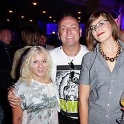 NLD/Hilversum/20120821 - Perspresentatie RTL Nederland 2012 / 2013, Britt & Imke, Imke Wieringa en Britt Dekker met Gordon Heuckeroth