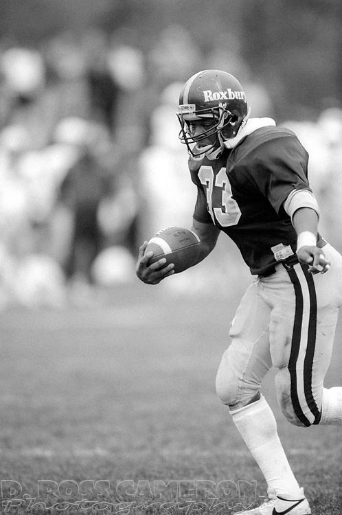 Unidentified Roxbury running back (33) runs for a touchdown against Seton Hall during a high school football game, Saturday, Nov. 1, 1986, in Roxbury, N.J. (D. Ross Cameron/North Jersey Advance)