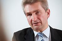 20 DEC 2010, BERLIN/GERMANY:<br /> Andreas Pinkwart, FDP Stellv. Bundesvorsitzender, und zukuenftiger Rektor der Handelshochschule Leipzig, HHL, waehrend einem Interview, Thomas-Dehler-Haus<br /> IMAGE: 20101220-01-012