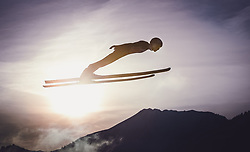 29.12.2018, Schattenbergschanze, Oberstdorf, GER, FIS Weltcup Skisprung, Vierschanzentournee, Oberstdorf, Qualifikation, im Bild Andreas Wellinger (GER) // Andreas Wellinger of Germany during his Qualification Jump for the Four Hills Tournament of FIS Ski Jumping World Cup at the Schattenbergschanze in Oberstdorf, Germany on 2018/12/29. EXPA Pictures © 2018, PhotoCredit: EXPA/ JFK