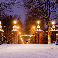 London, UK - 18 January 2013: Victoria Park gets covered in snow as UK face severe weather<br /> <br /> This image can be quickly and easily purchased from Alamy Images, leading international stock agency, following this link:<br /> http://tinyurl.com/b935qvm
