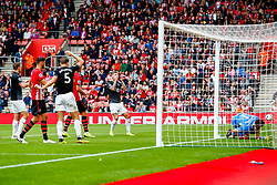 Jeff Hendrick of Burnley rues a missed opportunity as his header is pushed wide by Alex McCarthy of Southampton - Mandatory by-line: Ryan Hiscott/JMP - 12/08/2018 - FOOTBALL - St Mary's Stadium - Southampton, England - Southampton v Burnley - Premier League