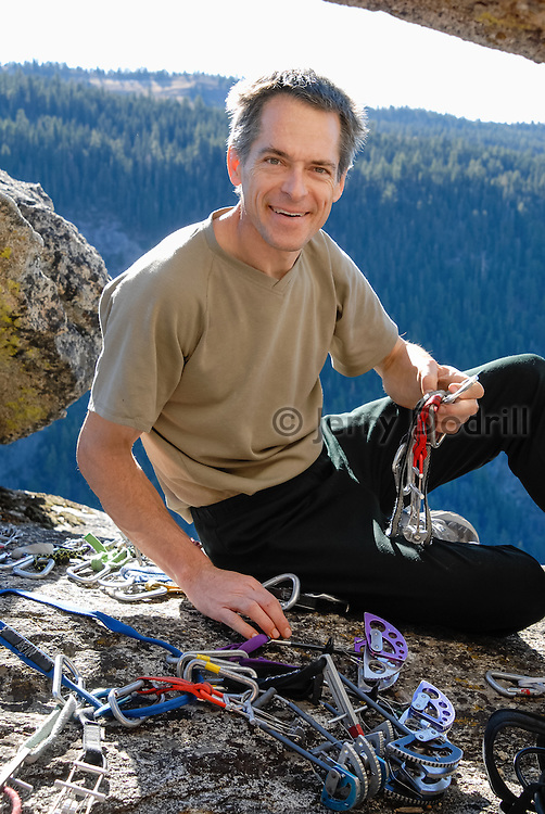Tom Addison racking up at the Frankensteins Cliff near Pinecrest Lake, Sonora Pass, California