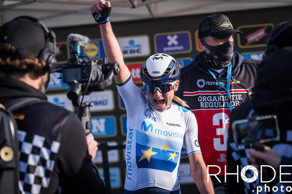 Annemiek Van Vleuten (NED/Movistar) wins the 18th Ronde van Vlaanderen 2021<br /> <br /> Elite Womens Race (1.WWT)<br /> <br /> One Day Race from Oudenaarde to Oudenaarde 152km<br /> <br /> ©RhodePhoto