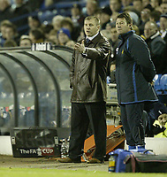 Photo: Aidan Ellis.<br /> Leeds United v Wigan Athletic. The FA Cup. 17/01/2006.<br /> Wigan boss Paul jewell and assistant Chris Hutchings urge there team on