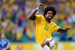 Dante comemora gol ba partida entre Brasil e Itália válida pela terceira rodada da Copa das Confederações 2013, no estádio Arena Fonte Nova, em Salvador-BA. FOTO: Jefferson Bernardes/Preview.com